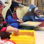 Proses Menyiapkan Kuih Raya
